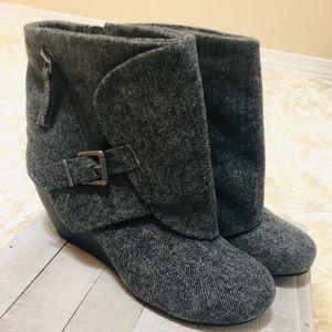 NWT! BLOWFISH Bilocate Gray Tone Flannel Boots